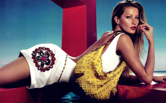 Gisele Bundchen's charming look