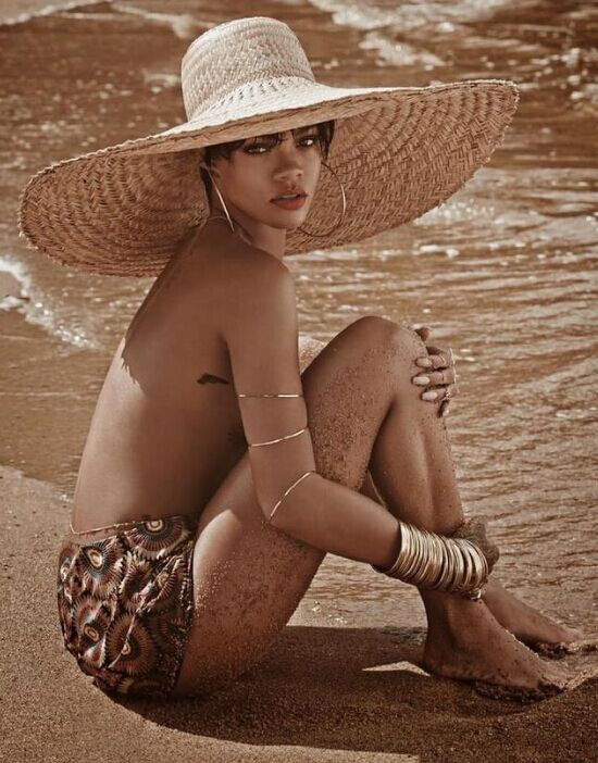 big straw hat3