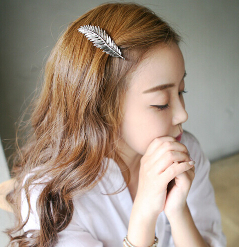 leaf feather hair clip