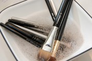 electric cleaning brushes